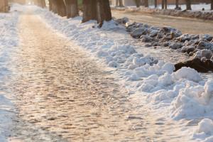 Útszóró só a járókelők védelméért!