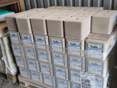 SALIT minerál nyalósó
